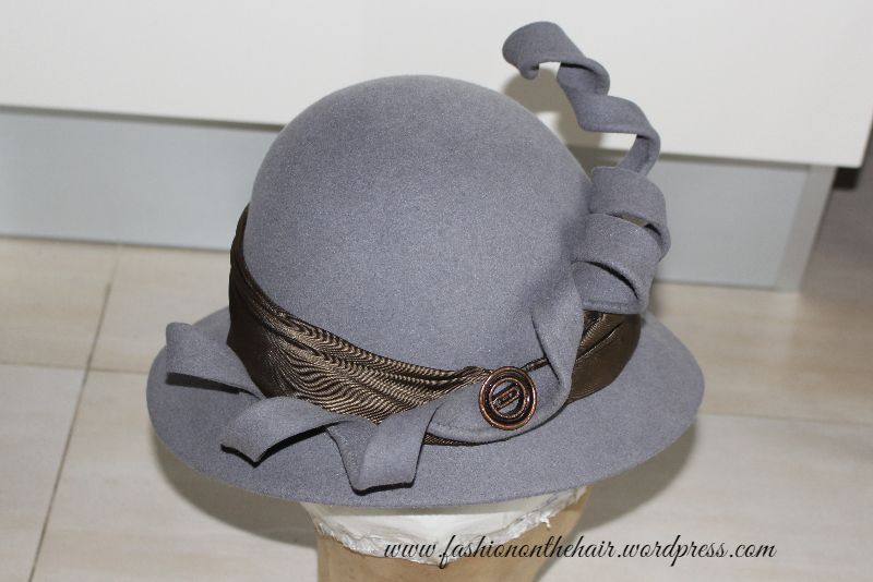 London Style Hat || Cappello stile Londinese